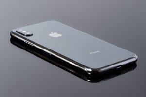 iPhoneX背面のデザイン