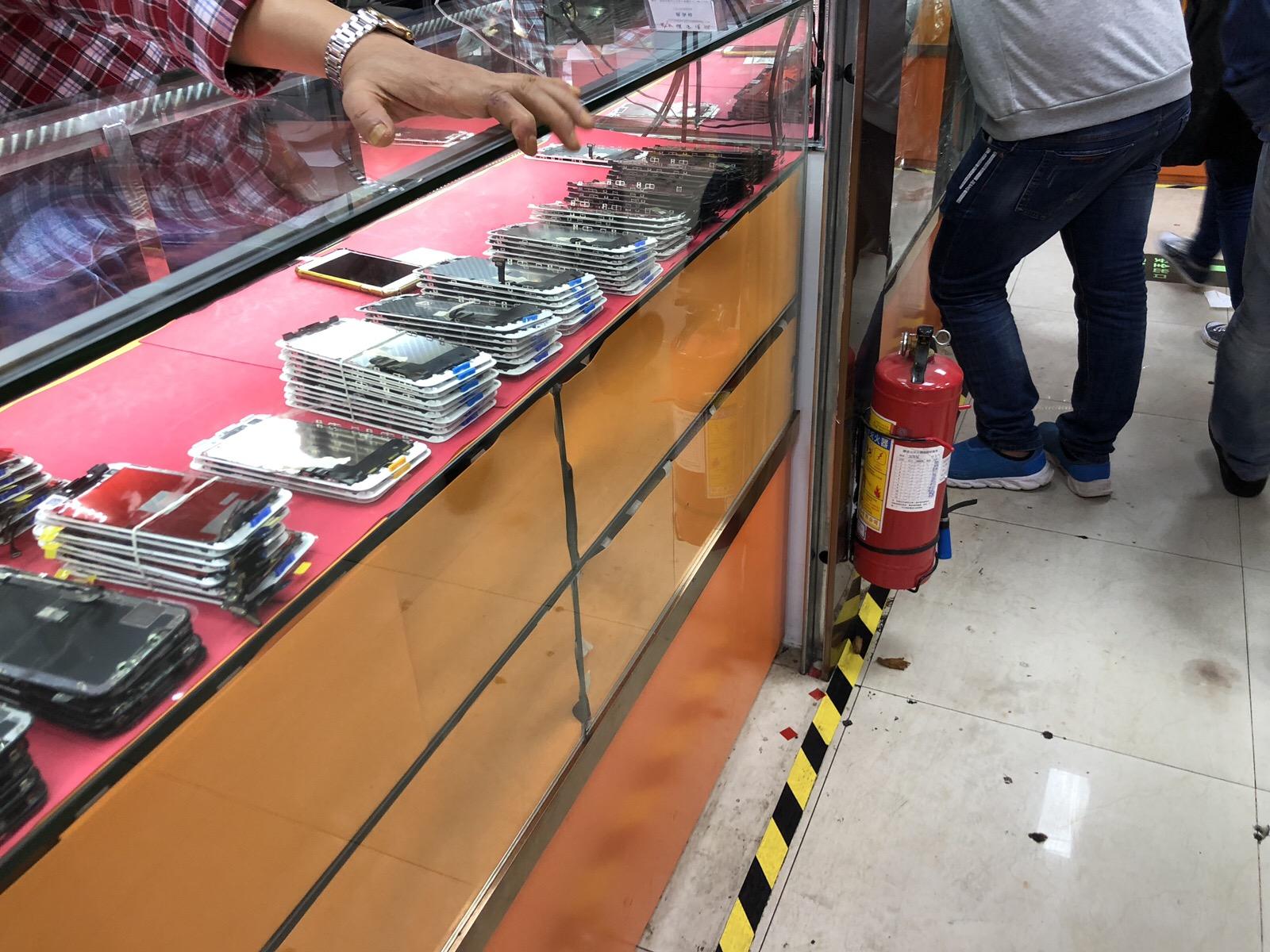華強北iPhone液晶