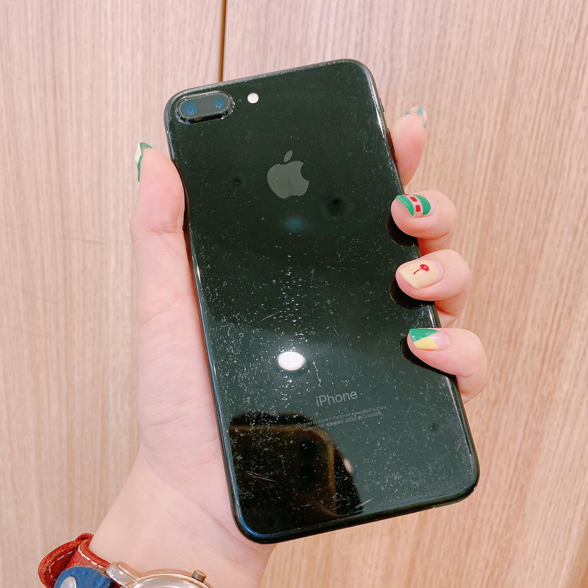 iPhone7Plus 128GB ジェットブラック au〇 中古
