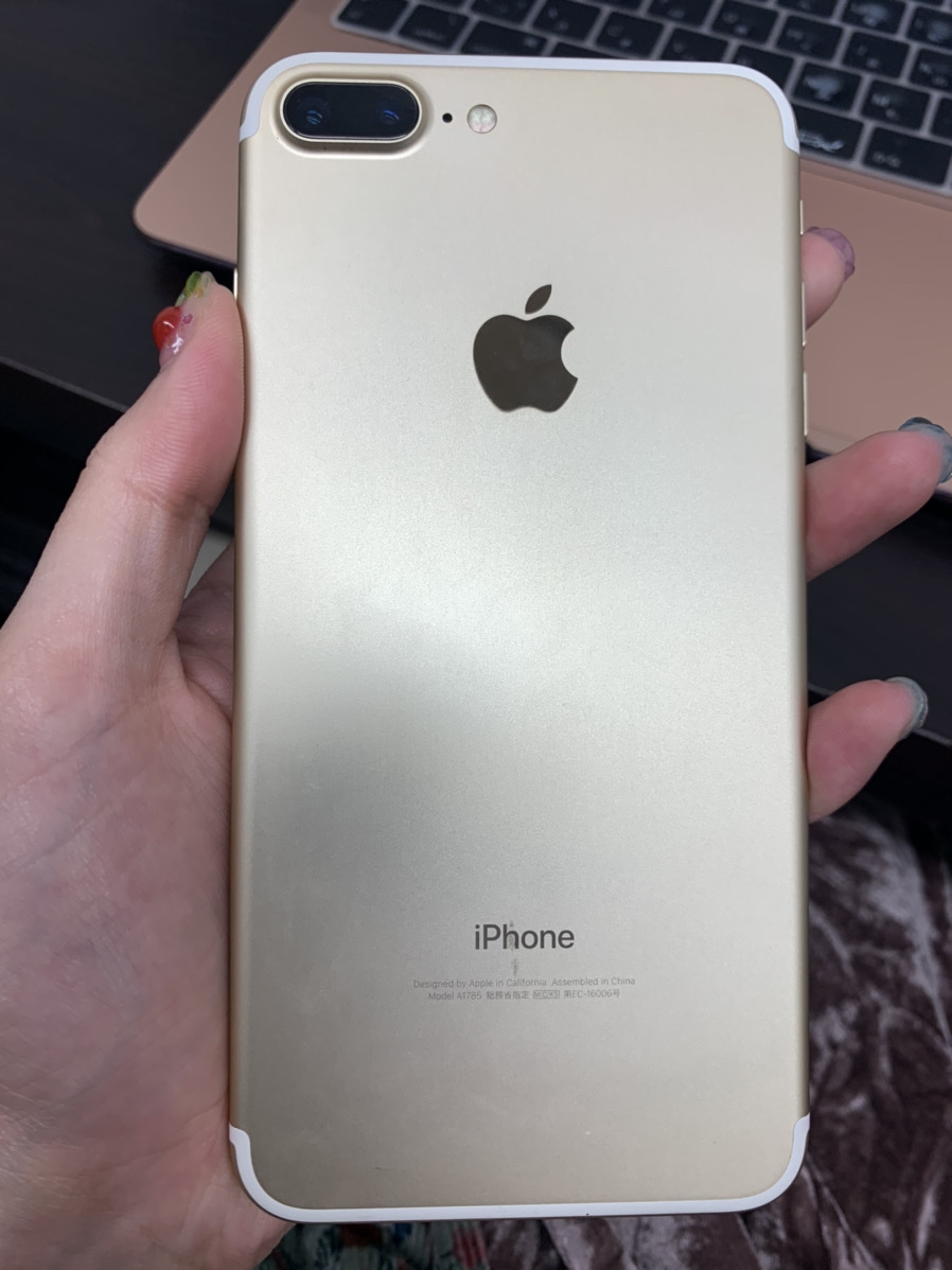 iPhone7Plus 32GB ゴールド softbank○ 中古正常品