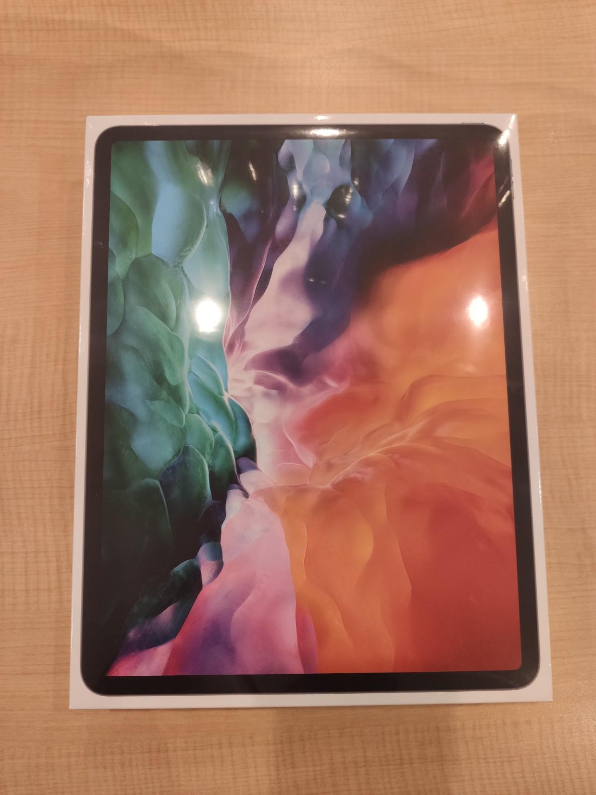 iPad Pro 12.9 第4世代128GBスペースグレーWi-Fiモデル 新品