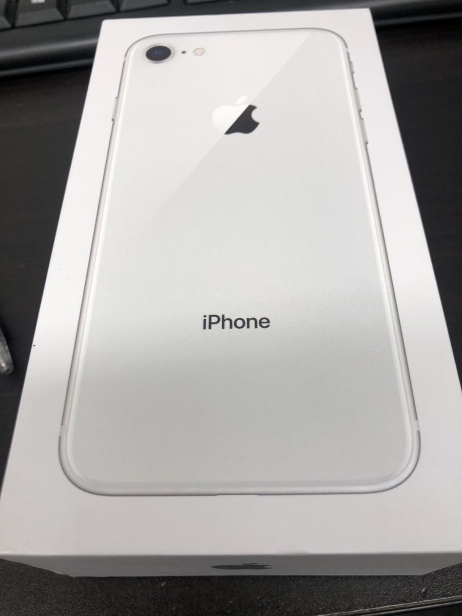iphone8 64GB docomo シルバー