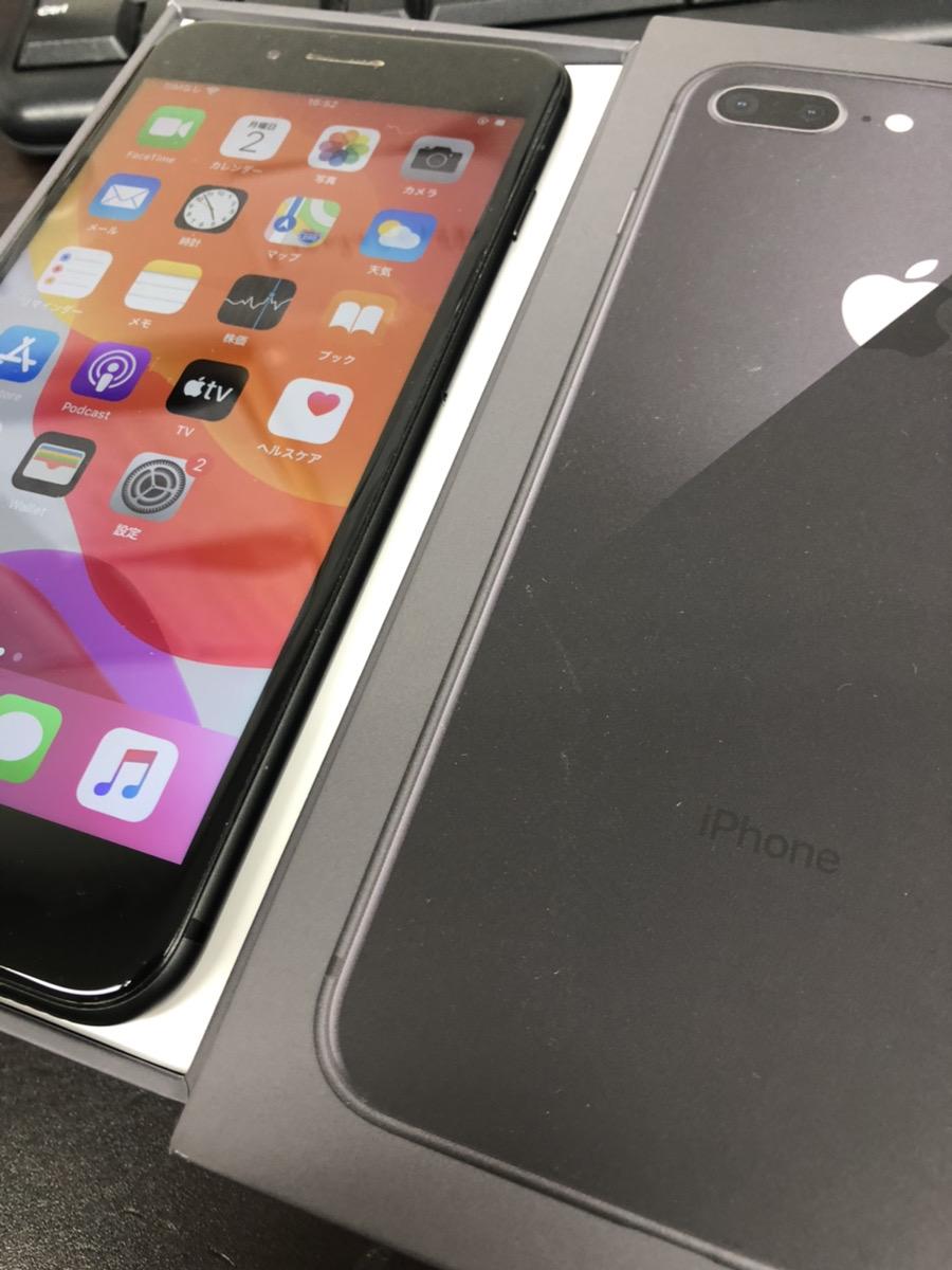 iPhone8plus 64GB docomo
