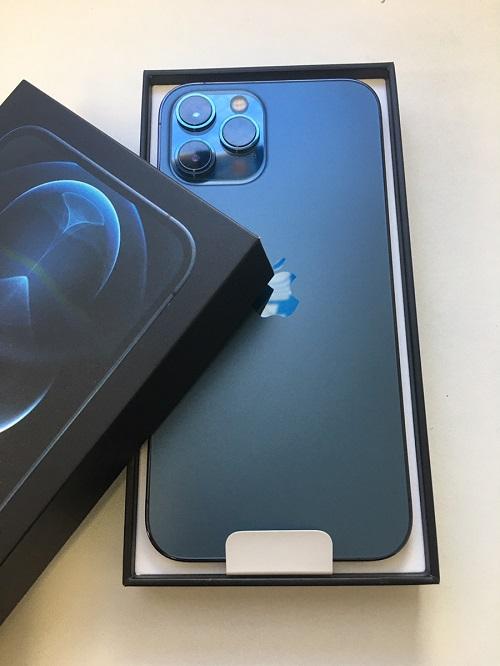 iPhone12ProMax ブルー 256GB au△ 新品 初期フィルム無し