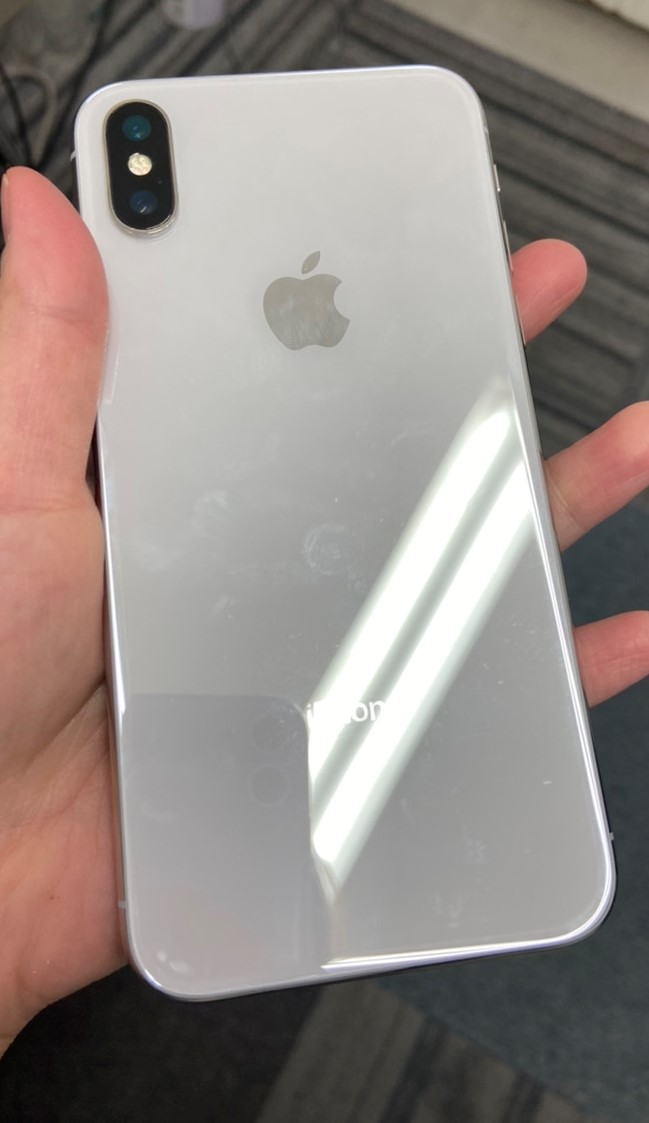 iPhoneX 256GB シルバー