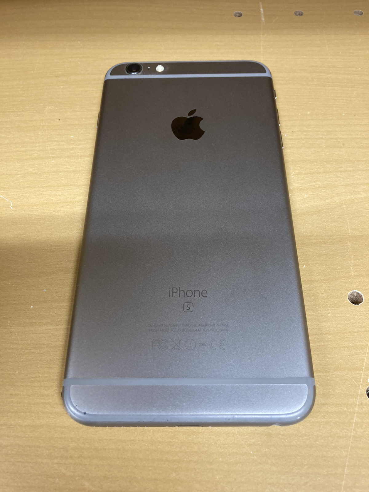 iPhone6sPlus 128GB SIMフリー