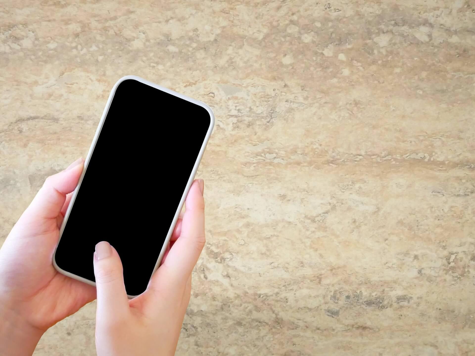 iPhone12シリーズのインチ数を検証!おすすめのインチは?