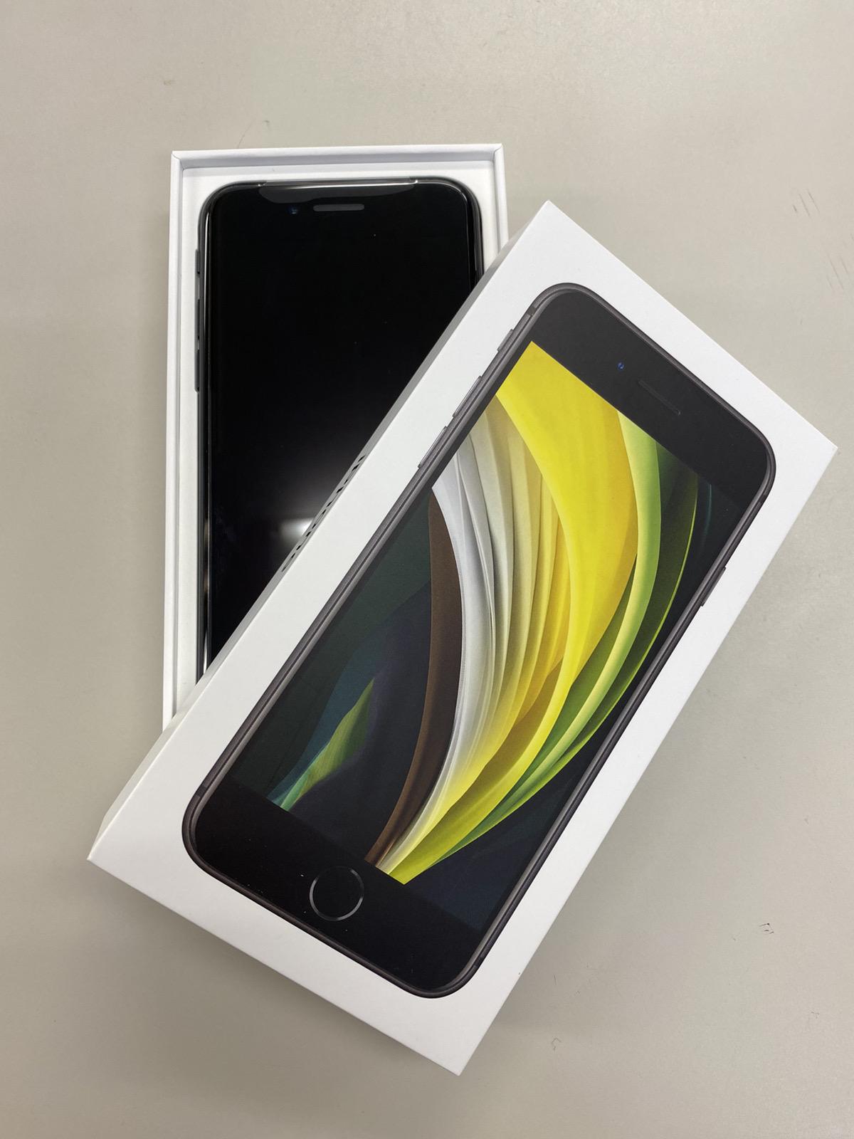 iPhoneSE2 64GB au ○ 新品未使用 ブラック