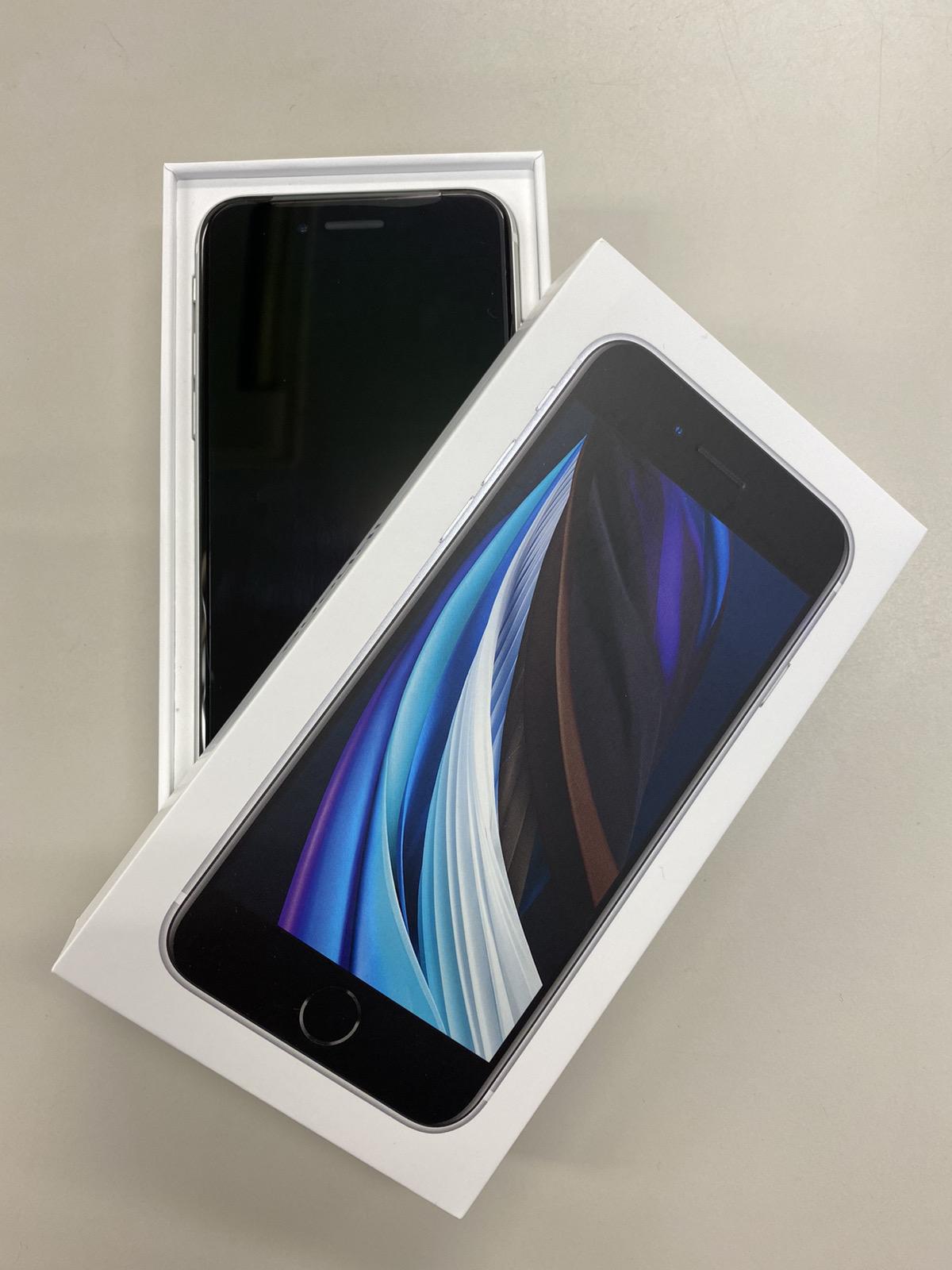 iPhoneSE2 64GB au ○ 新品未使用 ホワイト