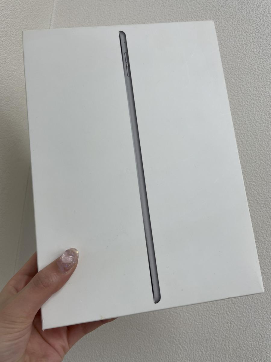 iPad Air2 32GB シルバー docomo 中古品