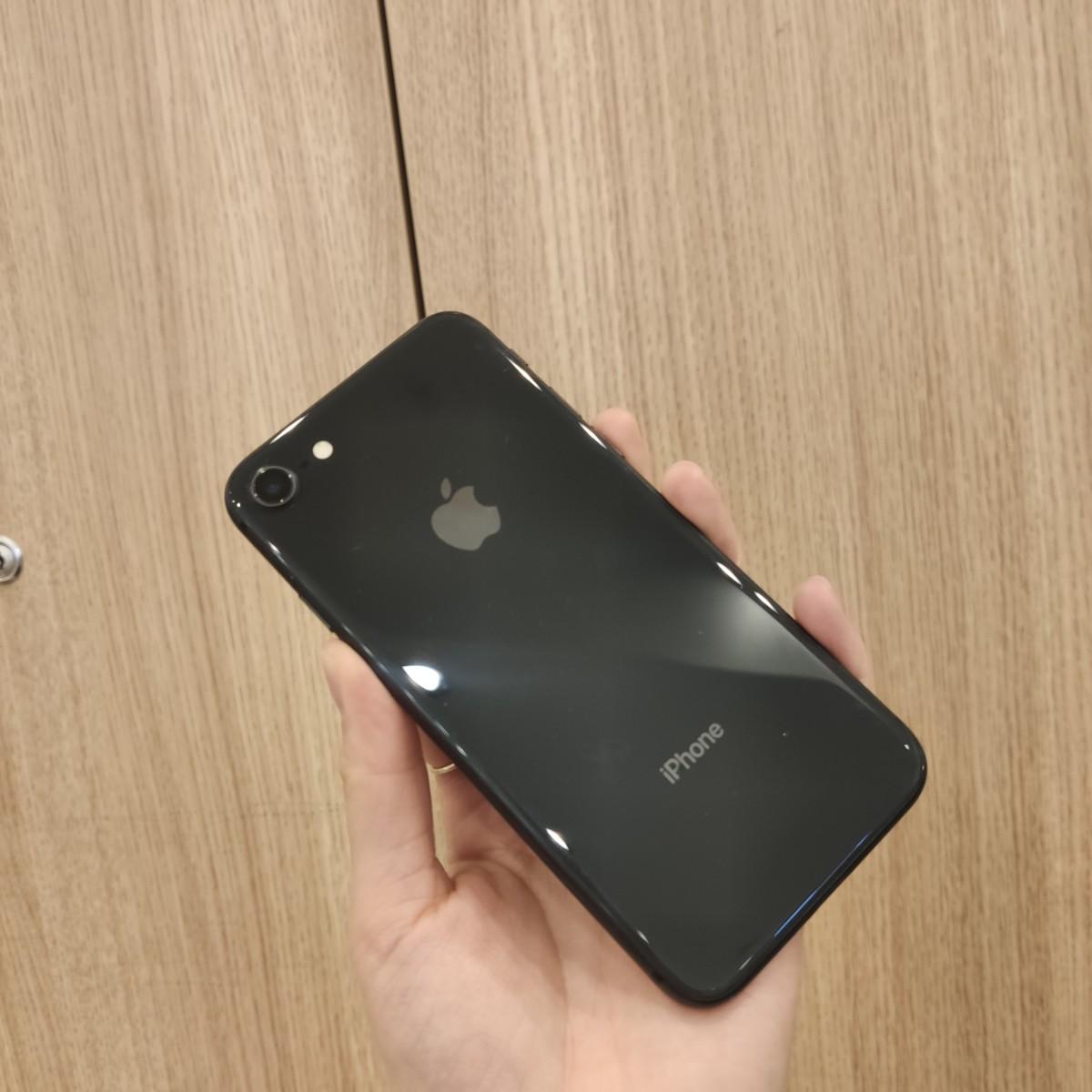 iPhone8 256GB グレー 中古 SB残債あり