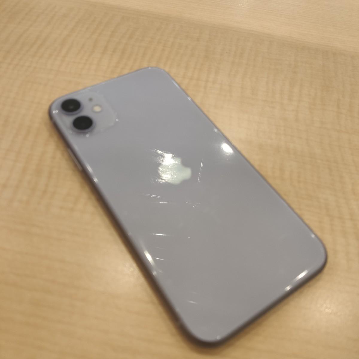 iPhone11 64GBパープルau 残債あり