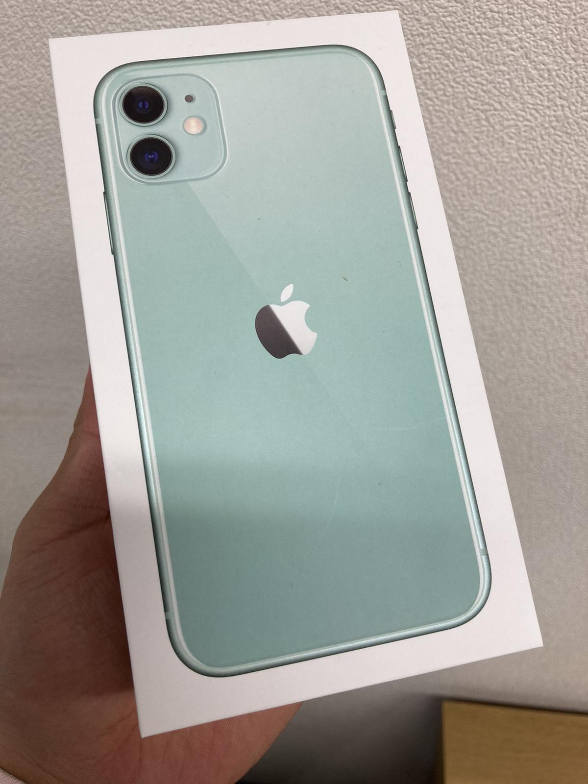 iPhone11 256GB UQ版新品