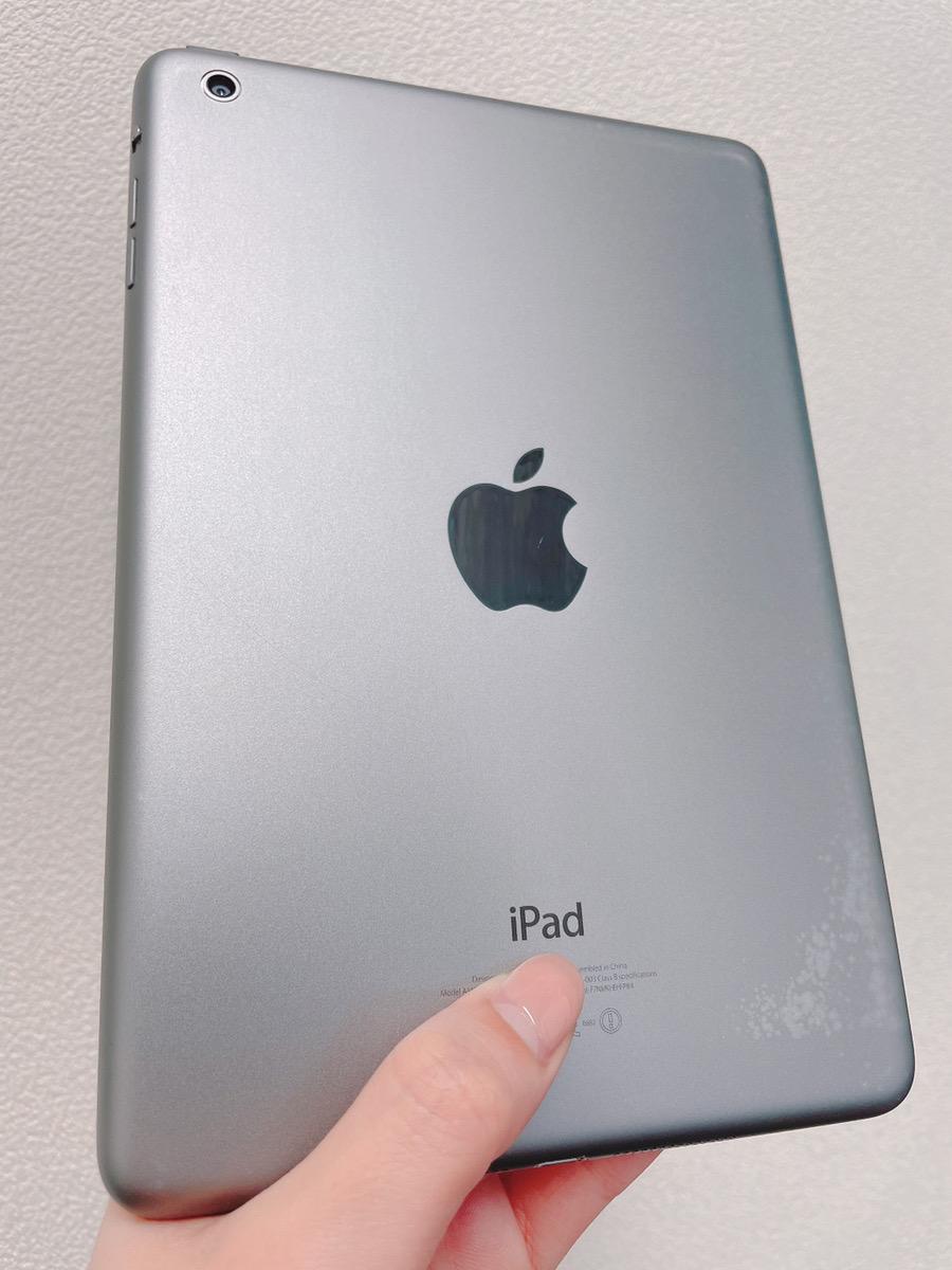 iPad mini4 64GB スペースグレー docomo 中古品