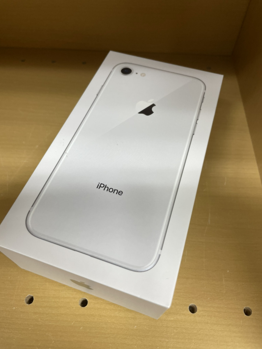 iPhone864GBホワイトSoftbank〇中古品