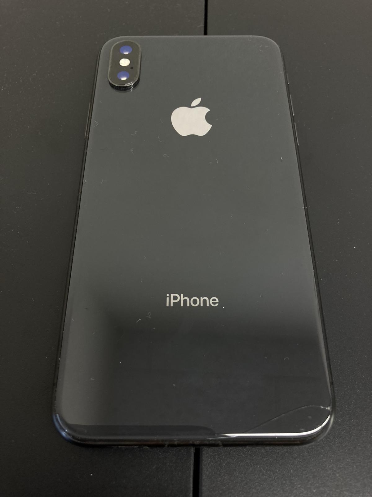 iPhoneX 256GB SIMフリー背面割れ
