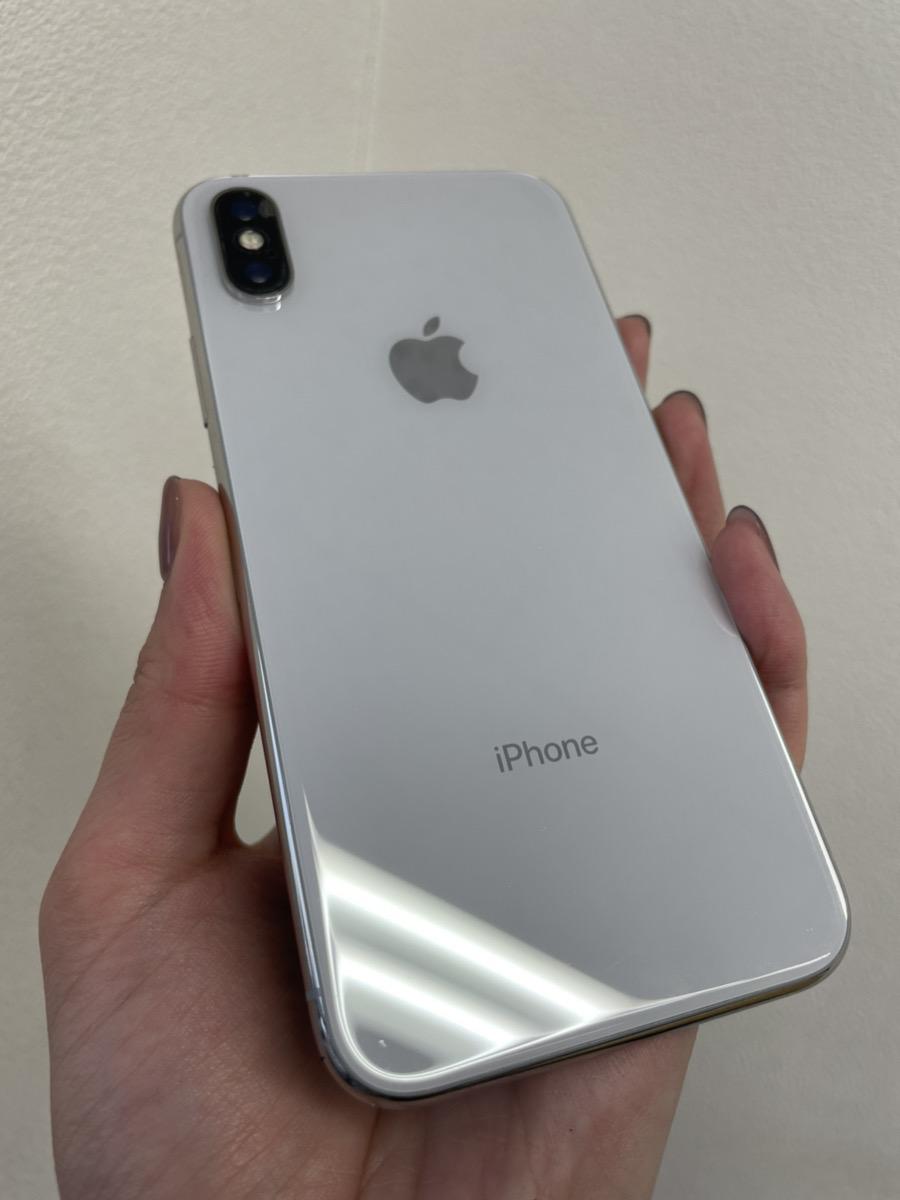 iPhoneX 64GB シルバー softbank ジャンク品(画面割れ/液晶不良/アウトカメラ故障)