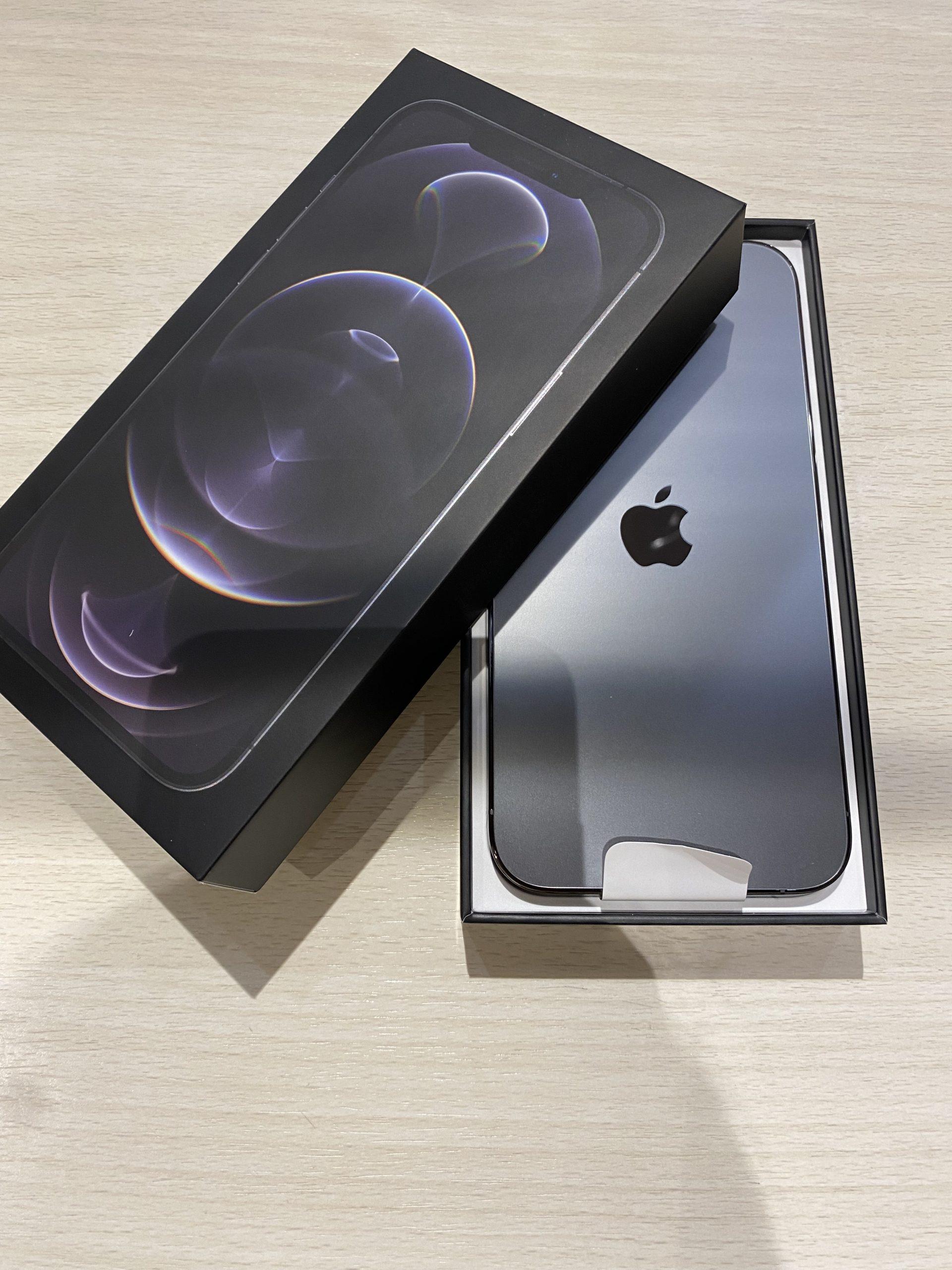 iPhone12proMax docomo〇 256GB グラファイト 新品同様