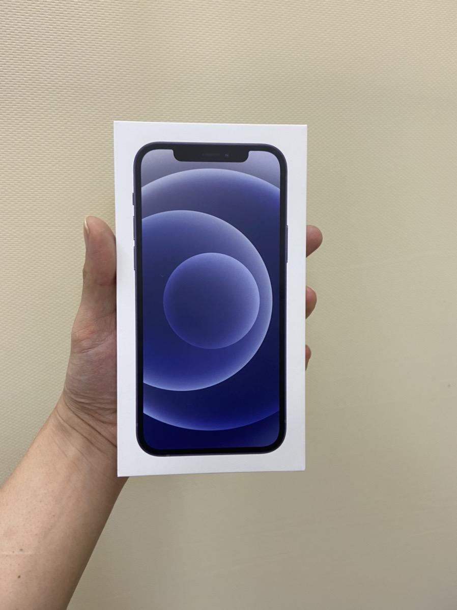 iPhone12 64GB ブラック SIMフリー 中古