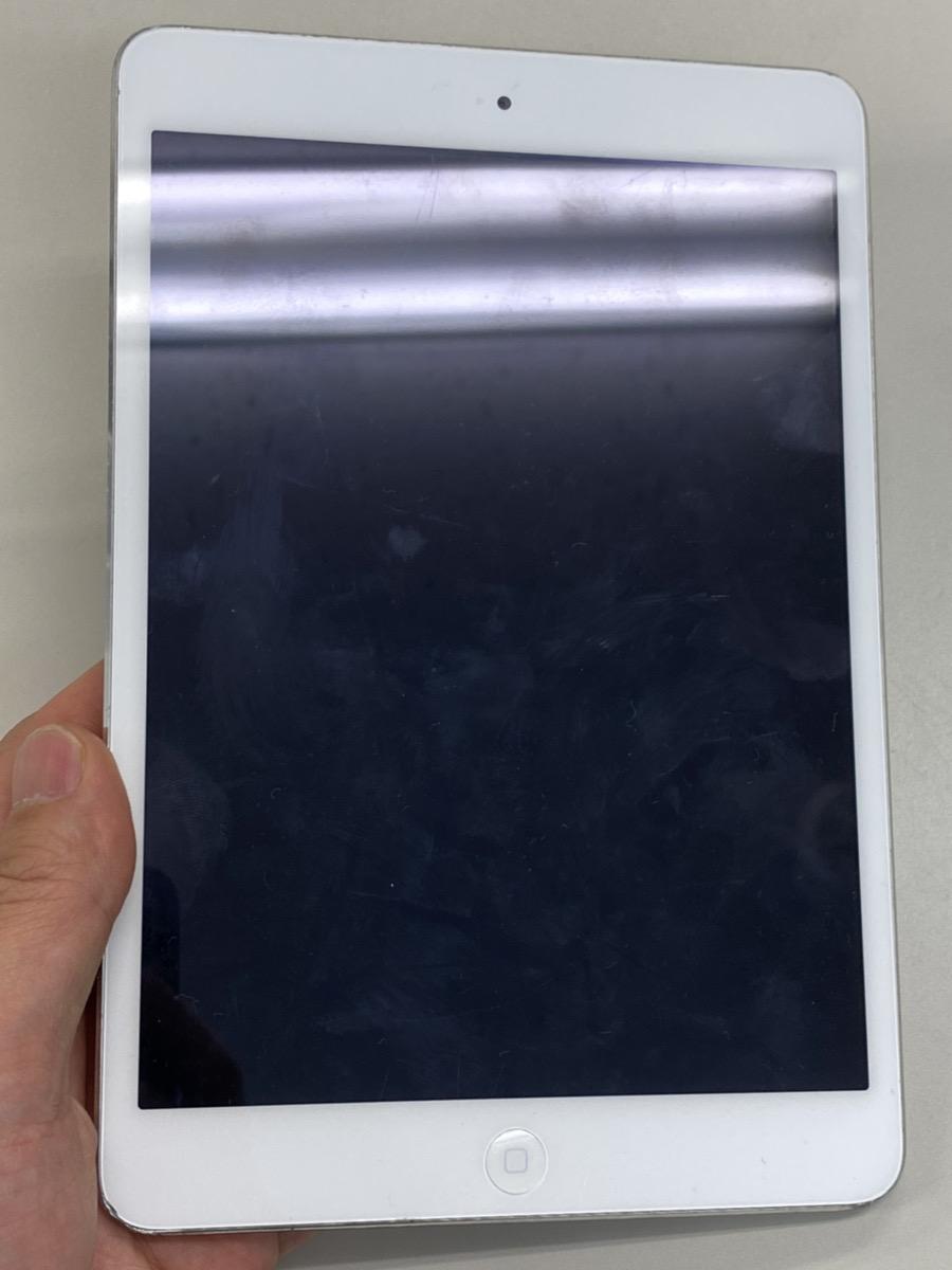 iPadmini216GBシルバーWifiモデル中古
