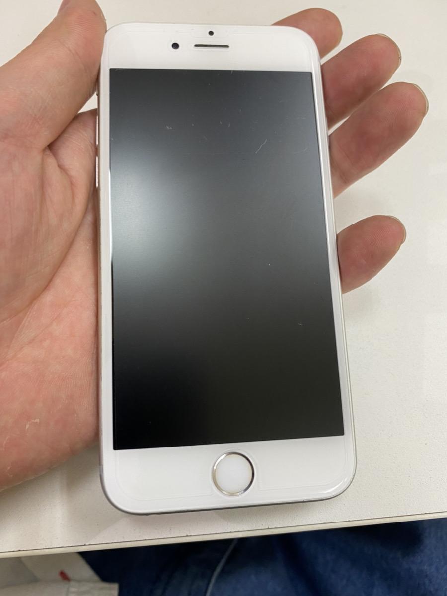 iPhone6s  128GB シルバー au△ 中古