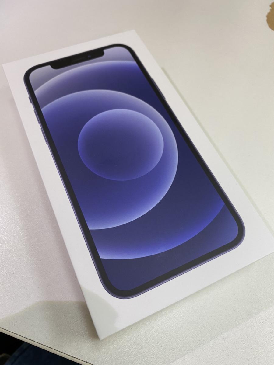 iPhone12 64GB ブラック au ○ 未使用品