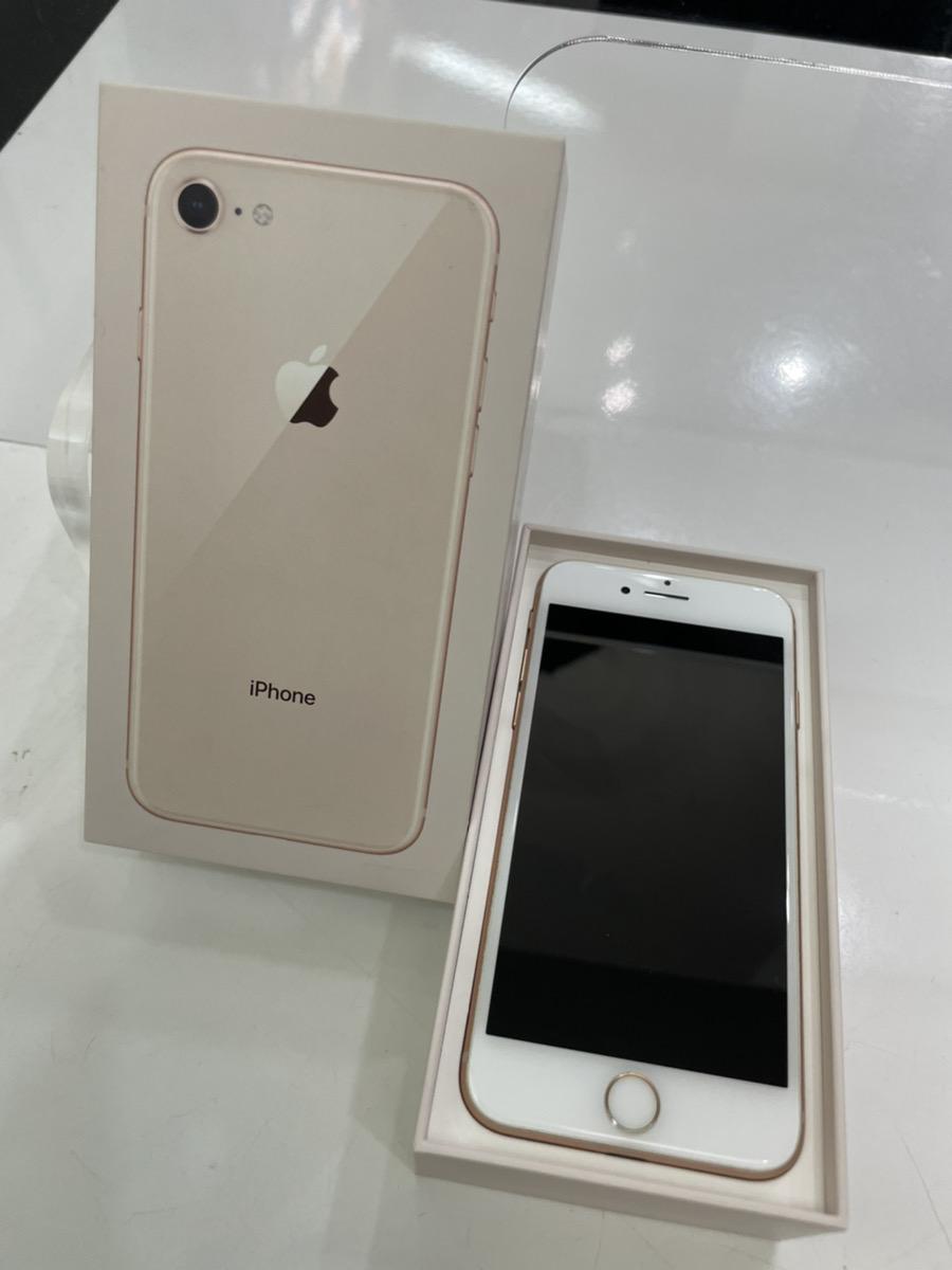 iPhone8 64GB ゴールド au中古品