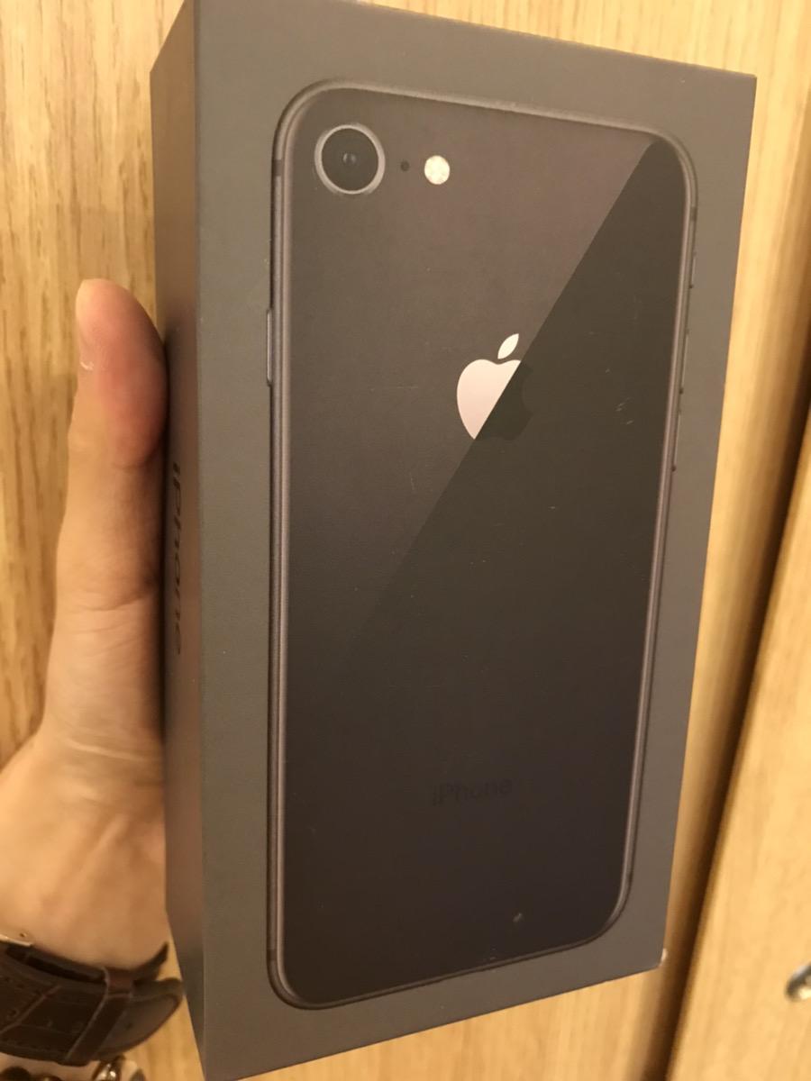 iPhone8(256GB)