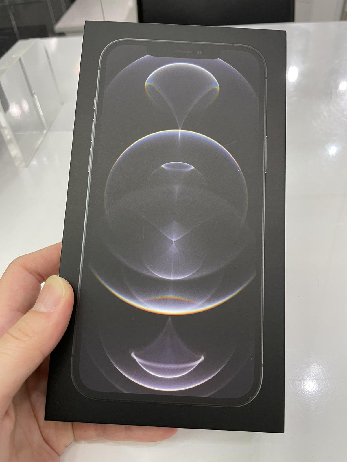 iPhone 12 Pro Max 256GB シルバー SoftBank△ 新品