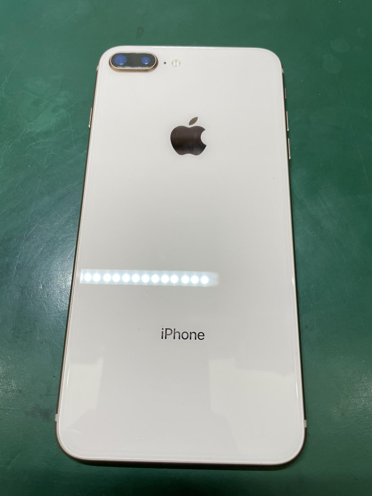 iPhone 8 Plus 64GB ゴールド 中古