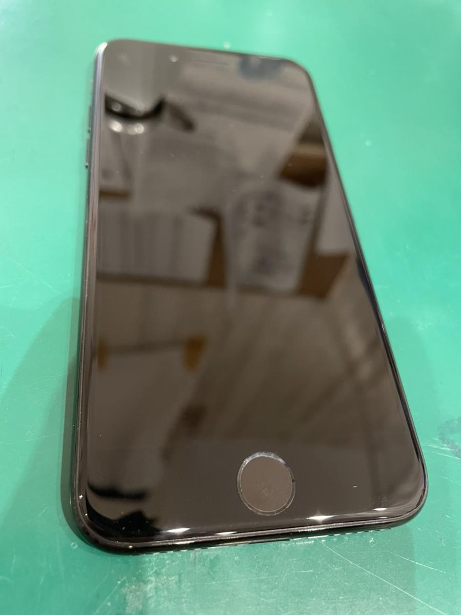 iPhone8 128㎇ au 〇 中古