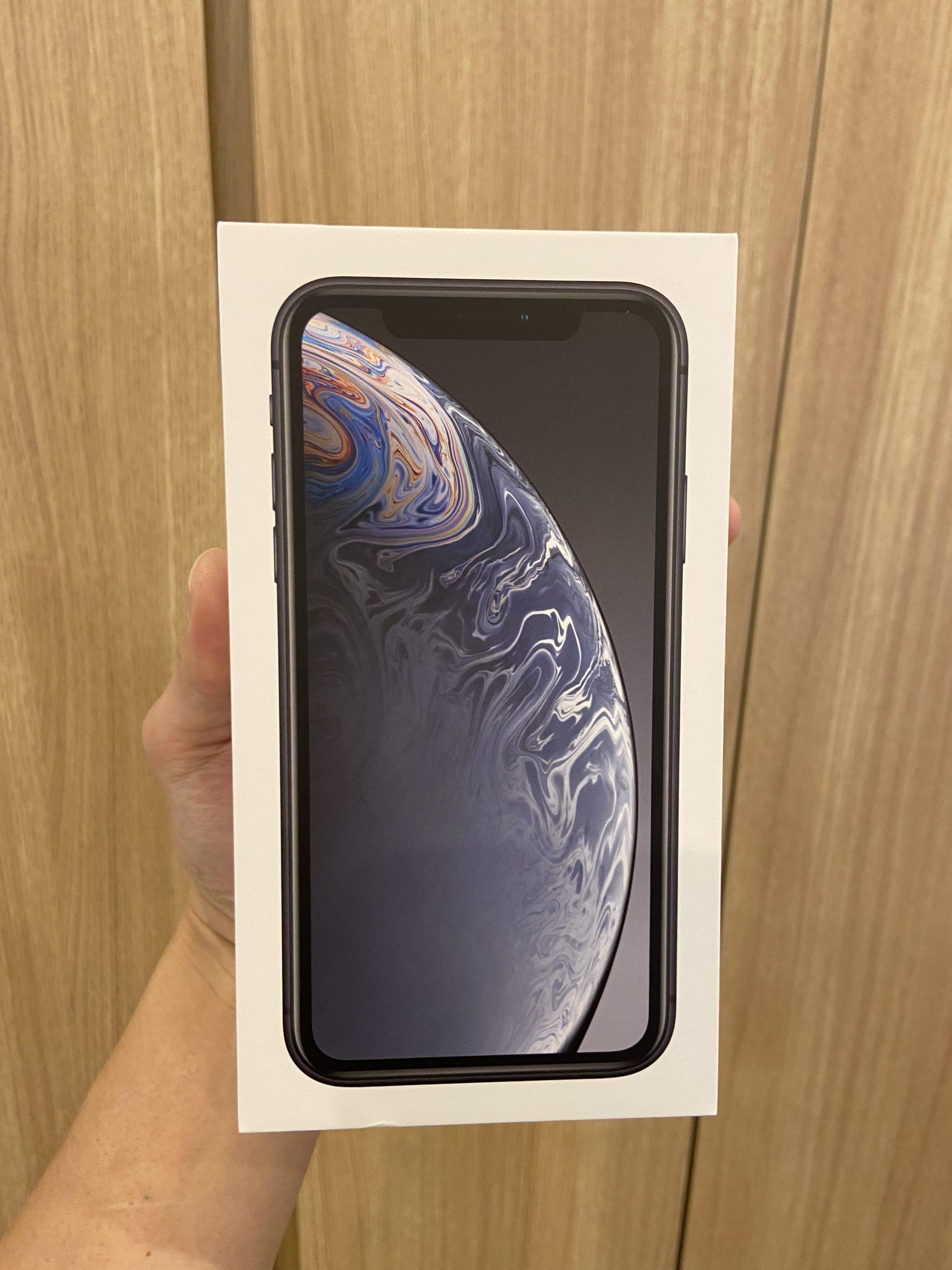 iPhoneXR 64GB スペースグレー SIMフリーー 中古