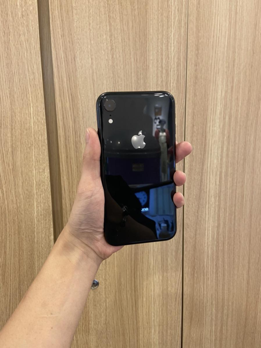 iPhoneXR 128GB au ○ ブラック 中古本体のみ