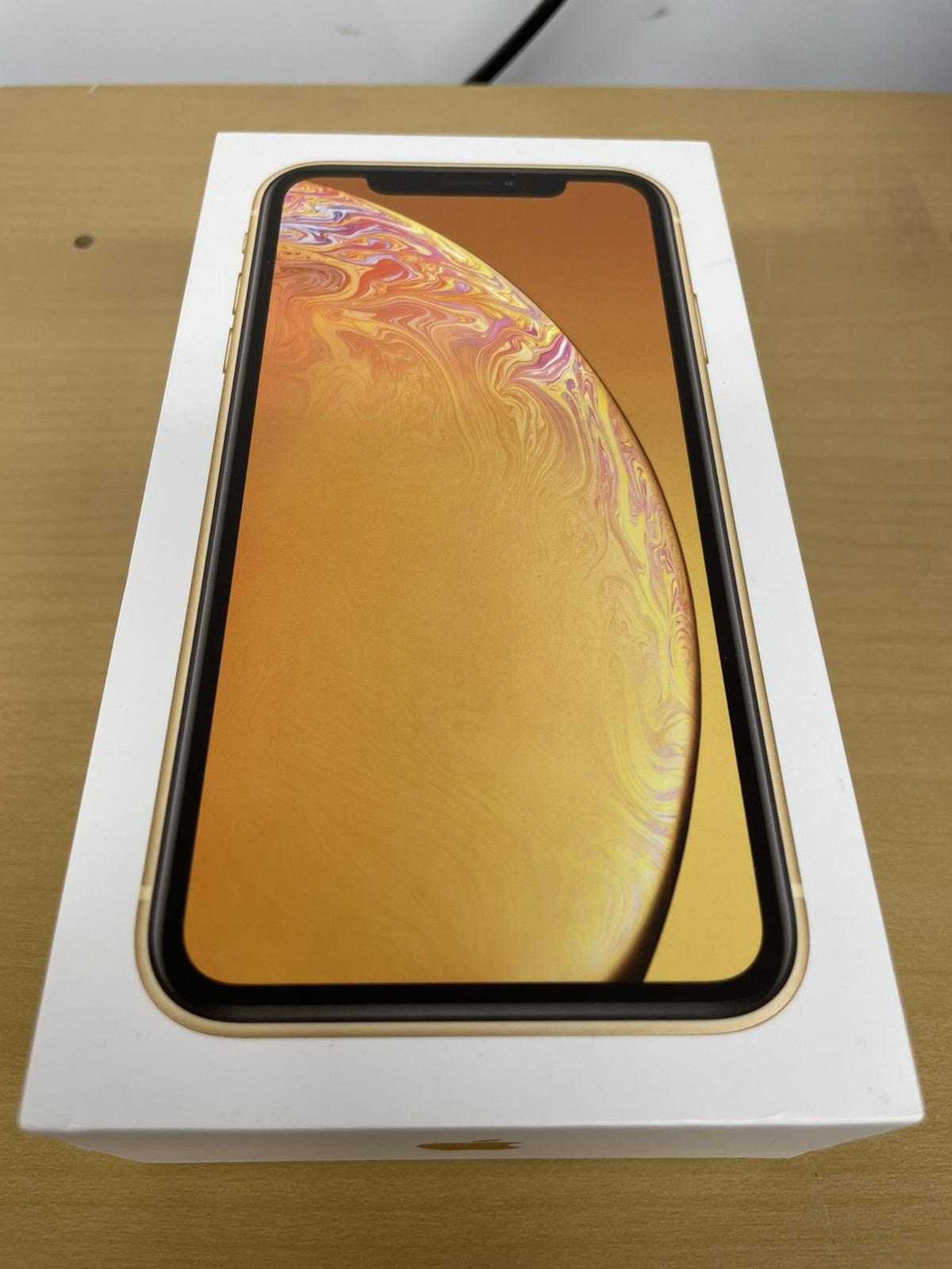 iPhone XR 256GB イエロー au○ 中古