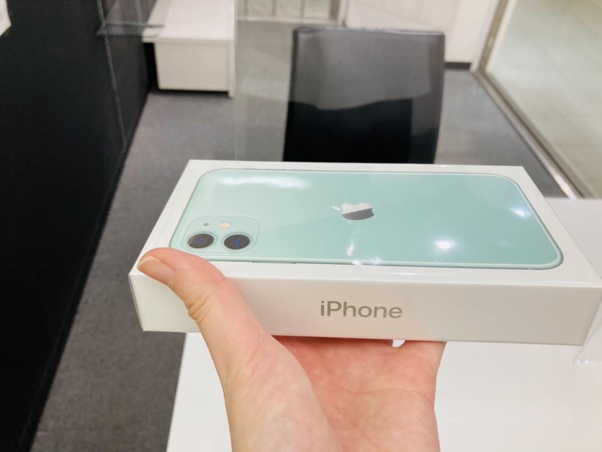 iPhone11 128GB グリーン simフリー 新品未開封