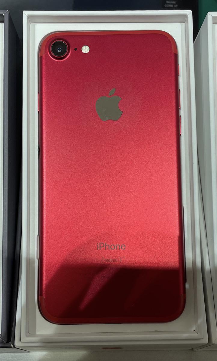 iPhone7 256㎇ AppleSMフリー 中古 付属品あり