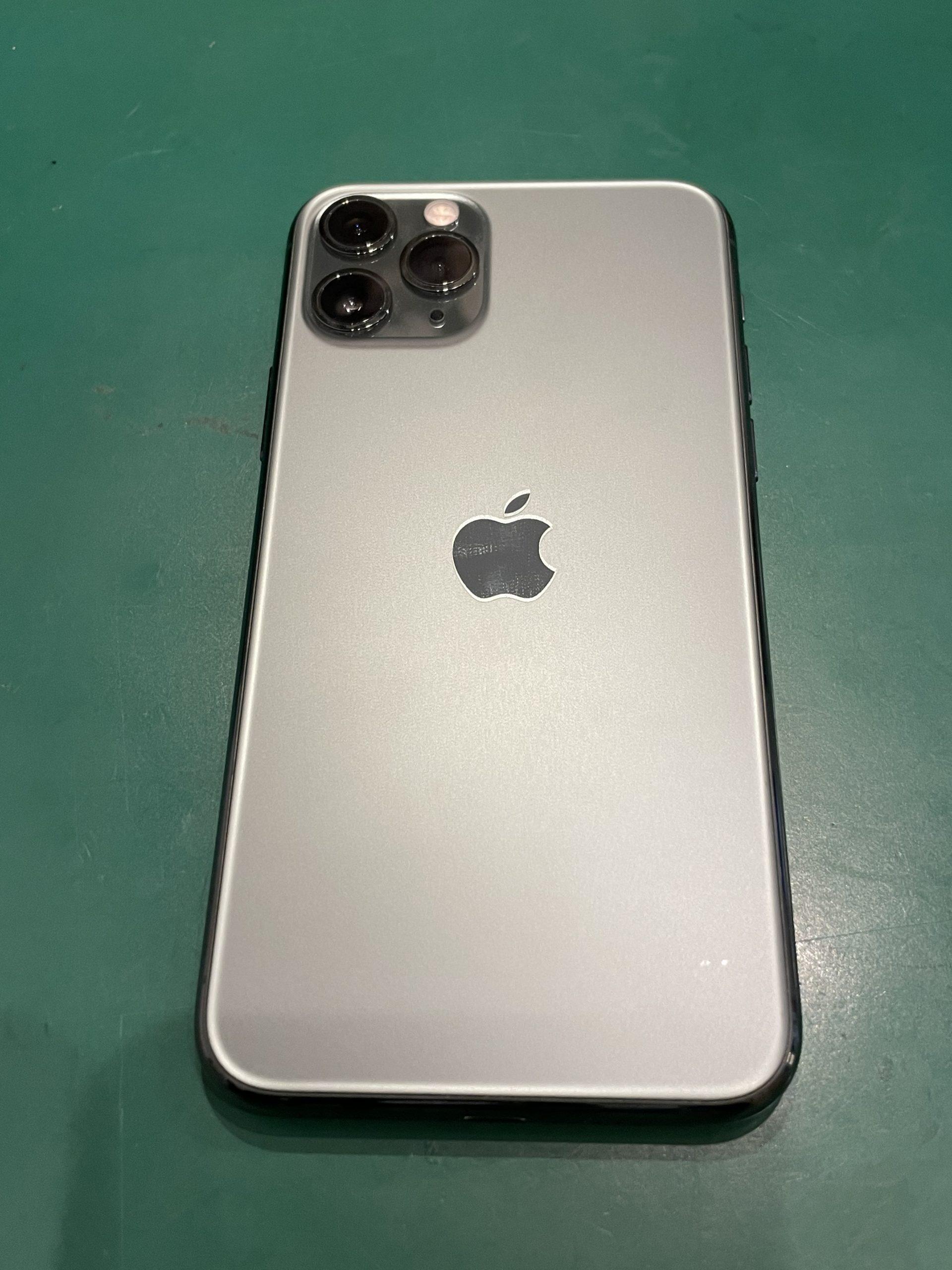 iPhone 11Pro 256GB スペースグレイ softbank △中古