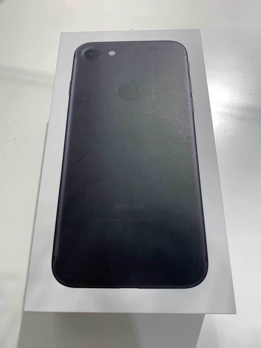 iPhone7 32GB (中古、Bランク )