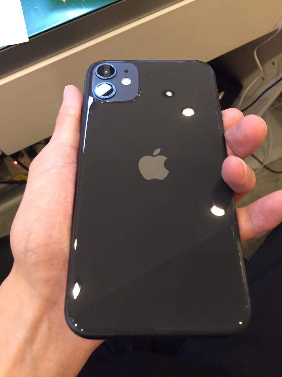 iPhone11 64GB ブラック docomo○ 交換品 中古