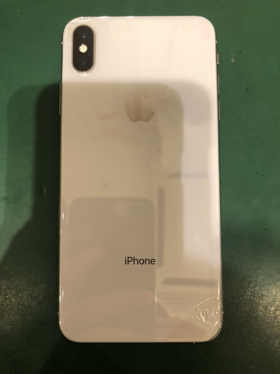 iPhoneXS Max 64GB シルバー SIMフリー 中古ジャンク