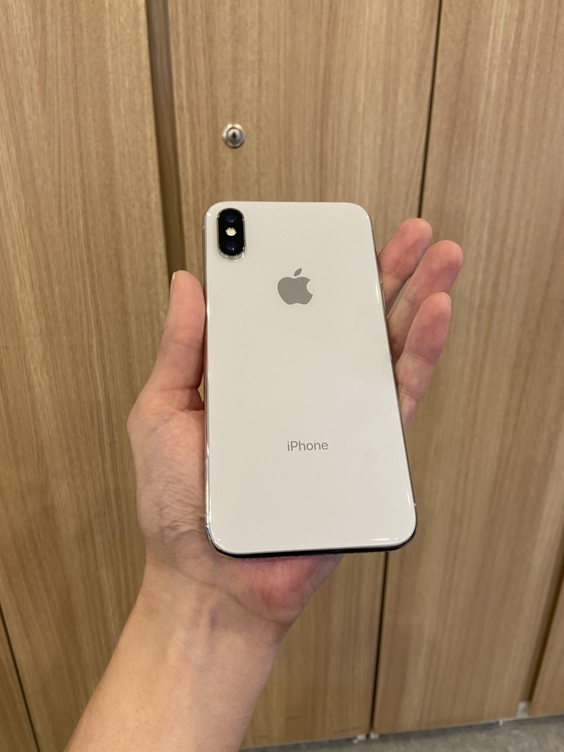iPhoneX 256GB au〇 ホワイト 中古
