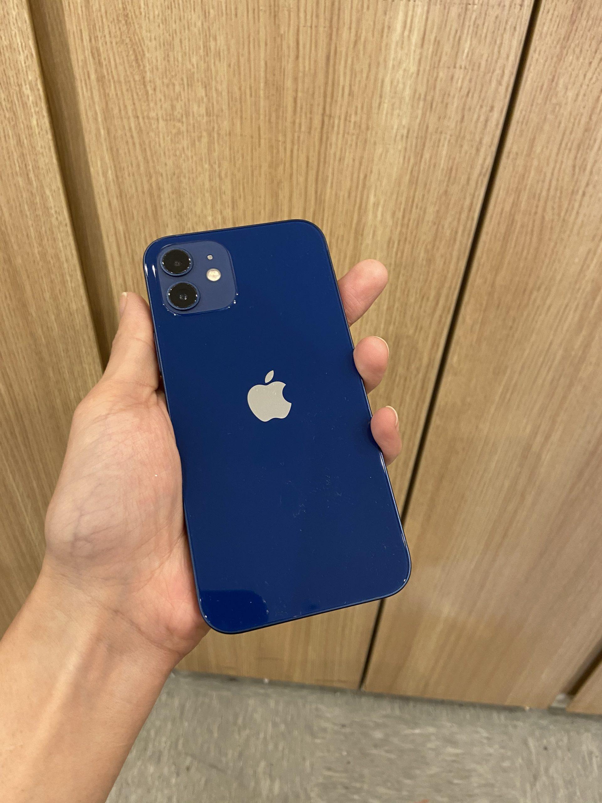 iPhone12 64GB au○ ブルー 中古