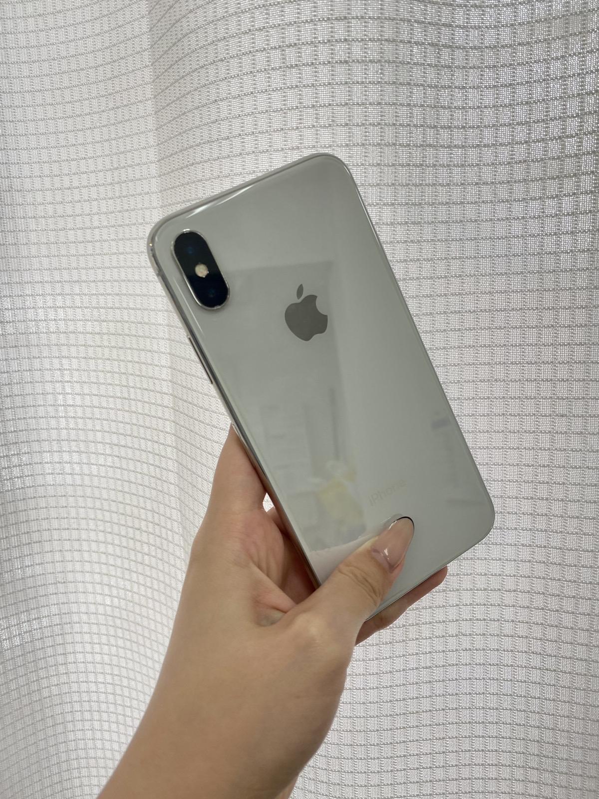 iPhoneX 256GB シルバー au○ 中古