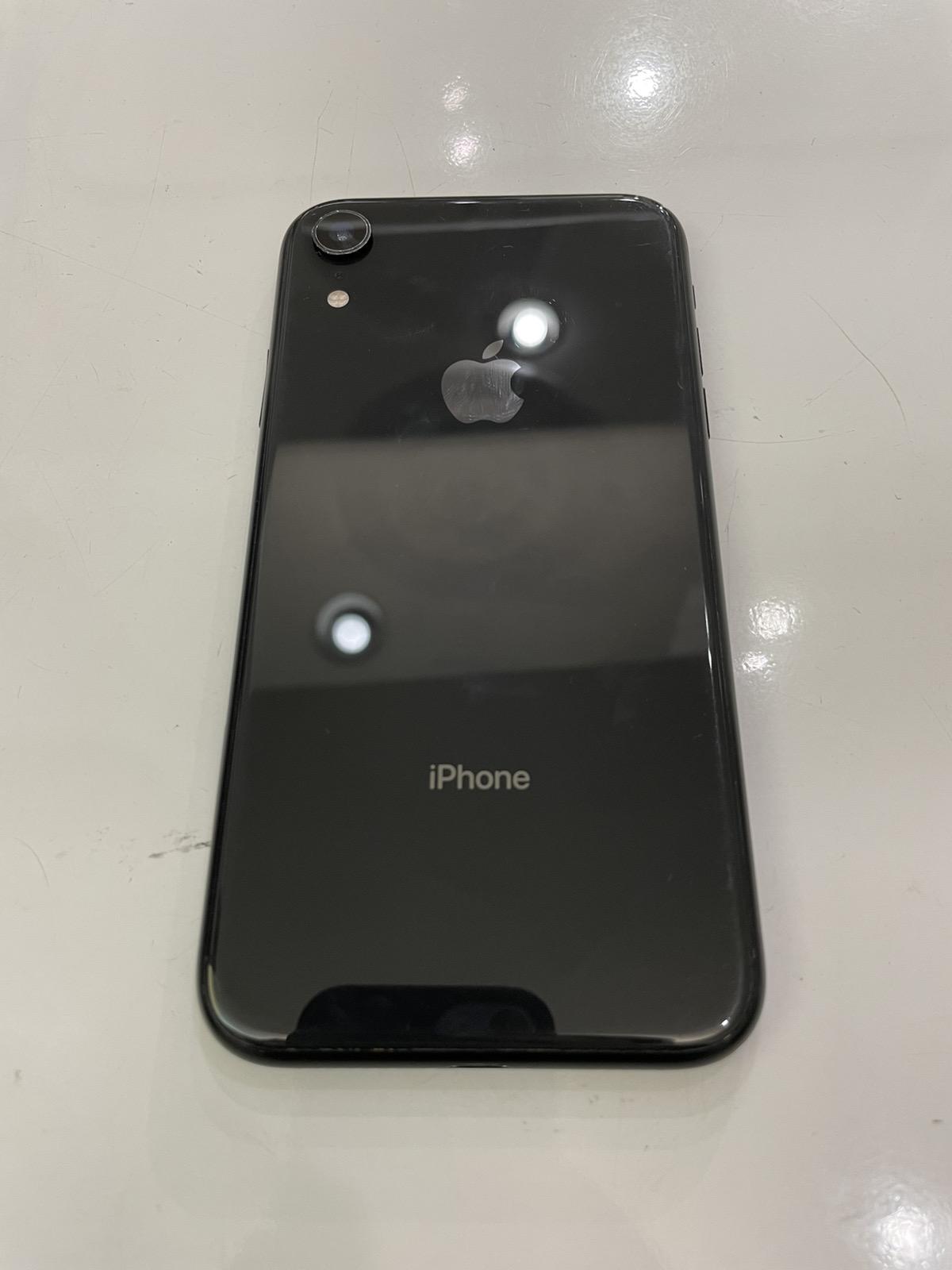 iPhone XR 64GB ブラック SIMフリー 中古
