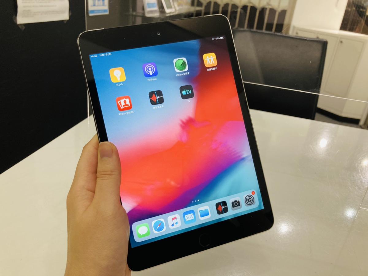 iPad mini3 16GB ブラック docomo◯ 中古本体のみ