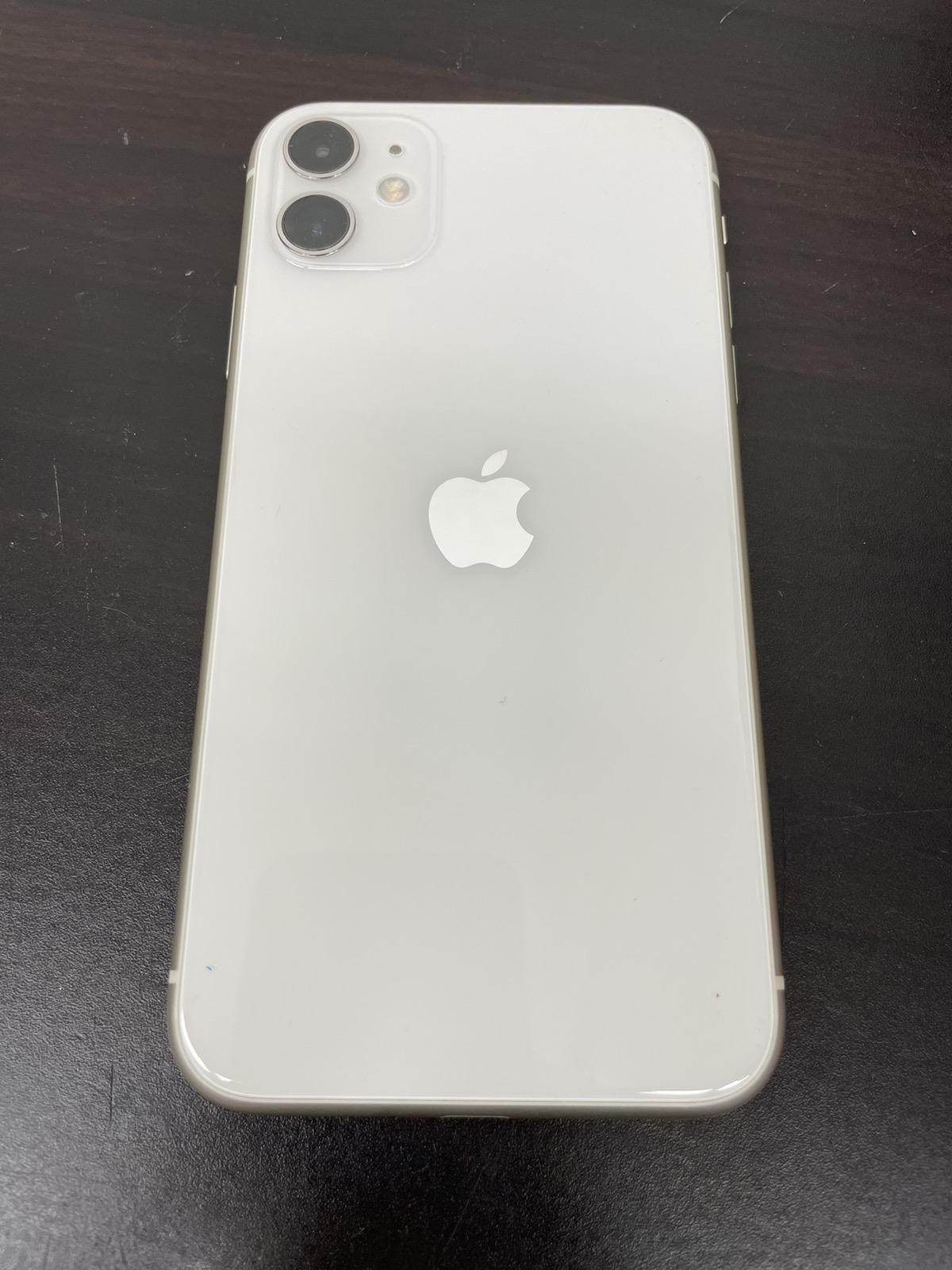 iPhone 11 128GB ホワイト ドコモ○ 中古