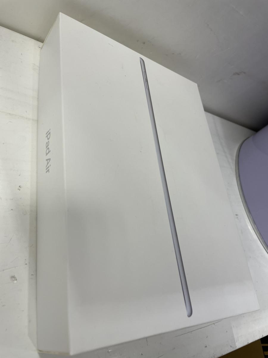 iPad Air3 64GBシルバー SB△中古品 付属品なし